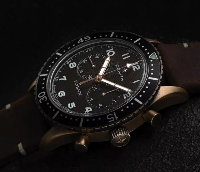 Even in the dark, Zenith fake watches for men are clear to read.