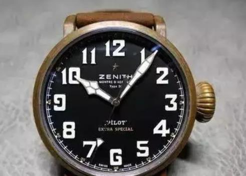 White time scales are clear in black dials replica watches.